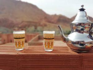 Thé marocain partagé : rencontre berbère
