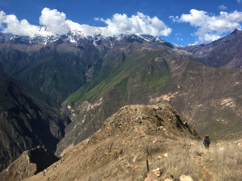 Trek au Pérou - Vue panoramique sur la Cordillère